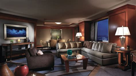 Is the Ritz-Carlton New York, Battery Park Getting