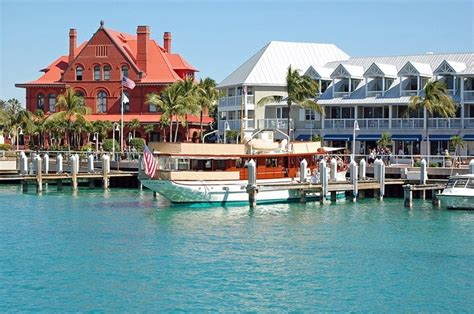 Top 10 Places to Visit in Florida (USA)