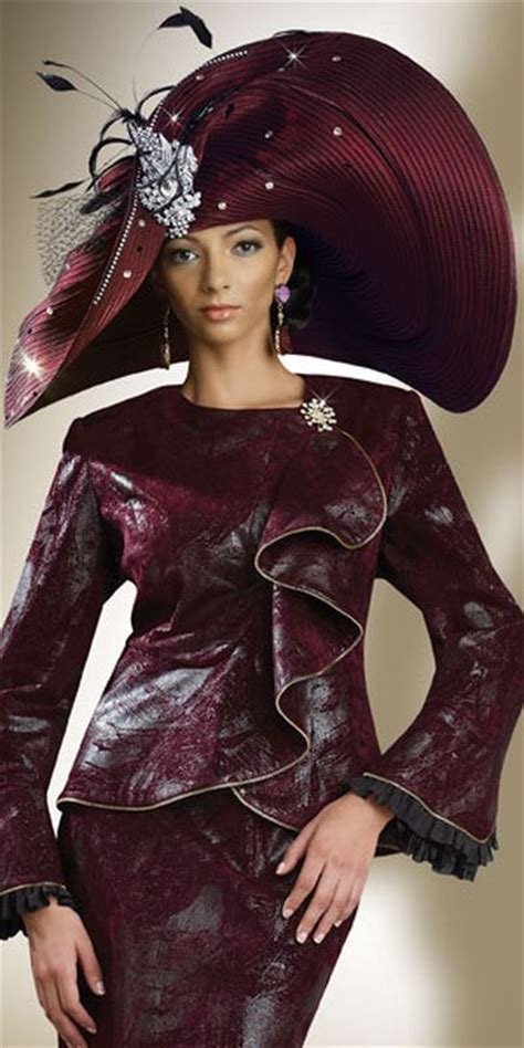 Donna Vinci Couture 5407 Womens Church Suit: French Novelty