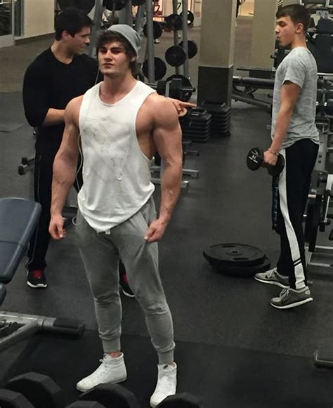 How Tall is Jeff Seid? – How Tall is Man?
