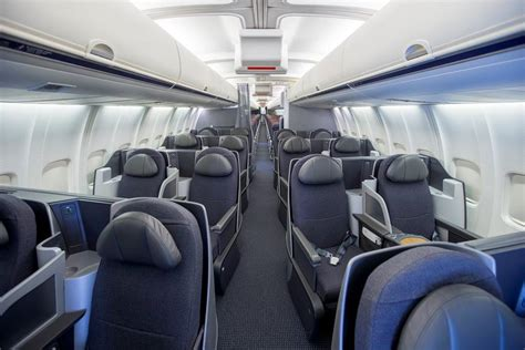 American Airlines 757 Getting Refurbished With New Cabins