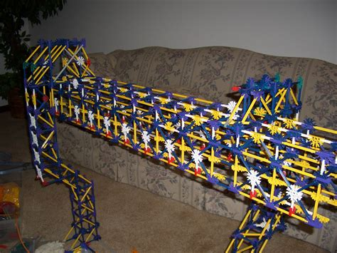 K'NEX Monorail | This is a SAFEGE type monorail hand built
