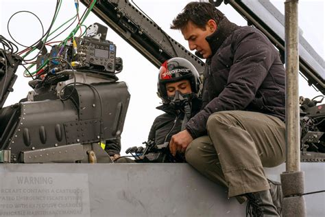 TOP GUN: MAVERICK — Tom Cruise Takes It To The Limit In