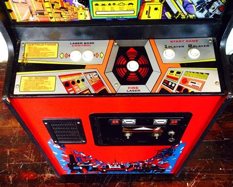 Space Invaders Deluxe Video Arcade Game for Sale | Arcade