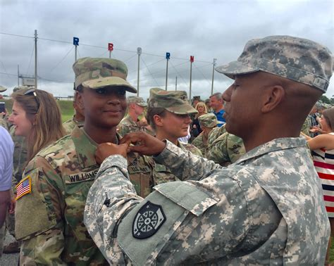 """Cadet Successfully Completes Army's Rigorous """"Jump School"""